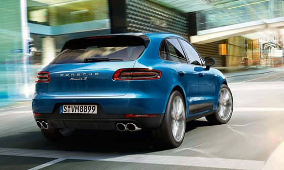 Avec ces courbes puissantes la Porsche Macan va vite s'imposer cmme le nouveau SUV du constructeur allemand.