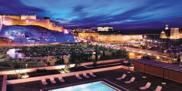 crédit Photo : Radisson Blu hôtel de luxe à Marseille