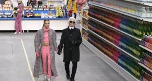 défilé Chanel supermarché