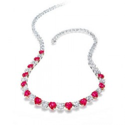 bijou pour la Saint-Valentin Harry Winston collier coeur