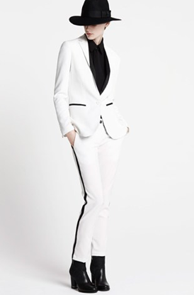 Karl Lagerfeld automne : hiver 2013 rayures noires et fond blanc