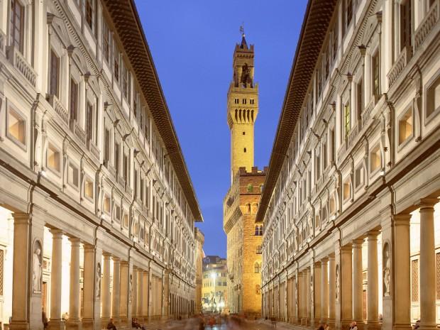 Les Offices sont un musée avec les plus belles œuvres mais c'est avant tout l'administration de Florence.
