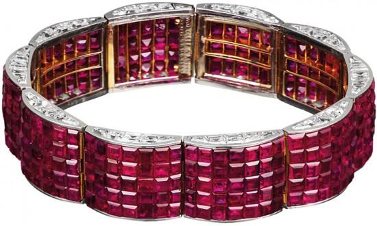 Van Cleef and Arpels bracelet rubi Serti Mysterieux