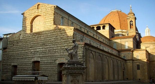 San Lorenzo est un quartier très vivant. Mais il possible de visiter l'église du même nom. Ici en photo.