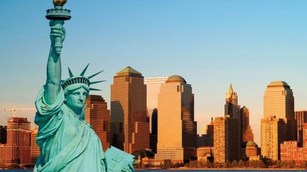 Vivez la démesure des États-Unis grâce aux excursions proposées par les compagnies maritimes.