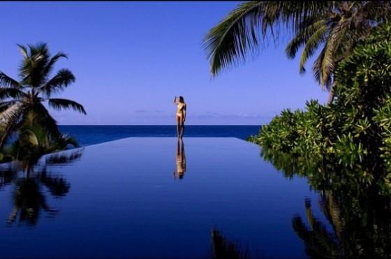 incroyable-piscine-Banyan-Tree-Seychelles