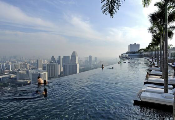 piscine incroyable SKYPARK viaprestige