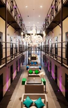 prison transformée en hôtel de luxe
