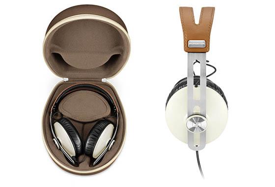 Pour protéger le casque Sennheiser Momentum Ivory, le groupe a imaginé un coffret au design très sobre.